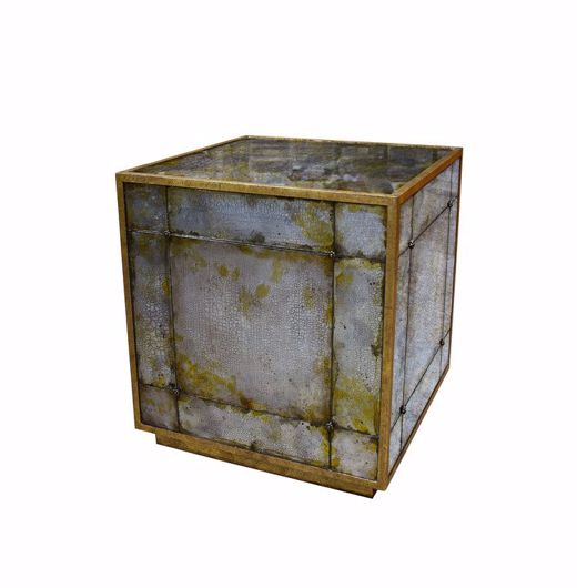 Picture of QUBE TABLE
